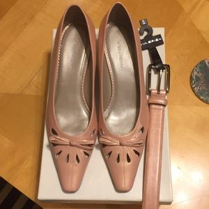 NEW Baby Pink Leather Shoes (8.5) & Matching Belt